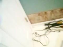 Zoo bathroom time